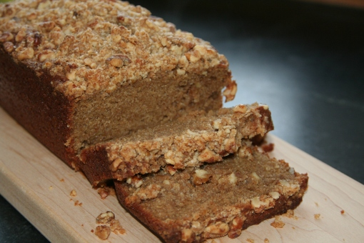 whole wheat cinnamon snacking cake