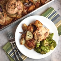 Sheet-Pan Chicken with Sourdough & Bacon