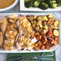 Roast Chicken with Roasted-Garlic Pan Sauce