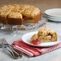 Nigella Lawson's Strawberry Sour Cream Streusel Cake
