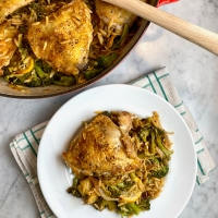 Skillet Chicken Thighs with Lemon, Broccoli & Orzo